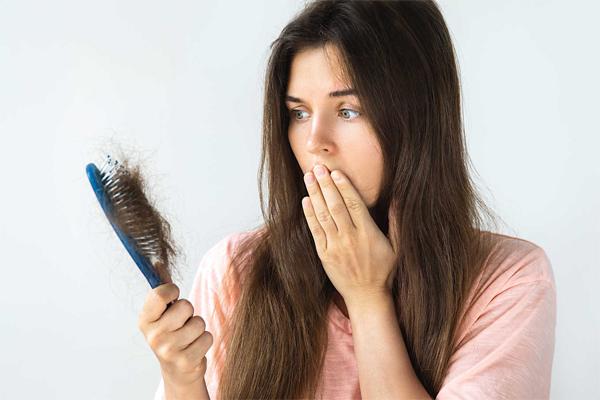 Nguyên nhân gây ra tình trạng rụng tóc bất thường